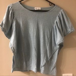 Gap flutter sleeve top